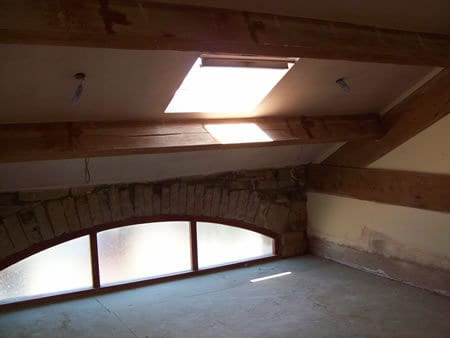 Insulated roof with windows