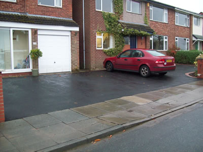 Seamless areas of tarmac for the new driveway